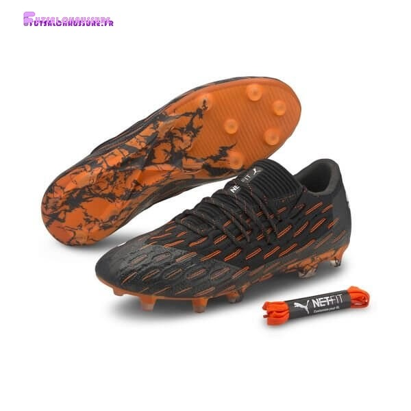 Rabais- Puma Future 6.1 Netfit Low FG/AG Chasing Adrenaline Noir Blanc Orange